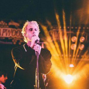 Dustin Payseur Singing, Looking Cool